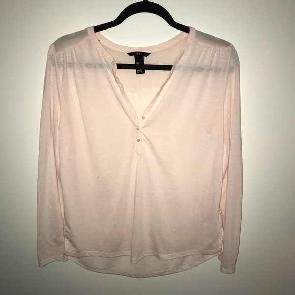 H&M Tops - Pale Pink Blouse
